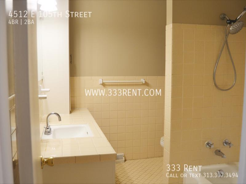 7main bathroom
