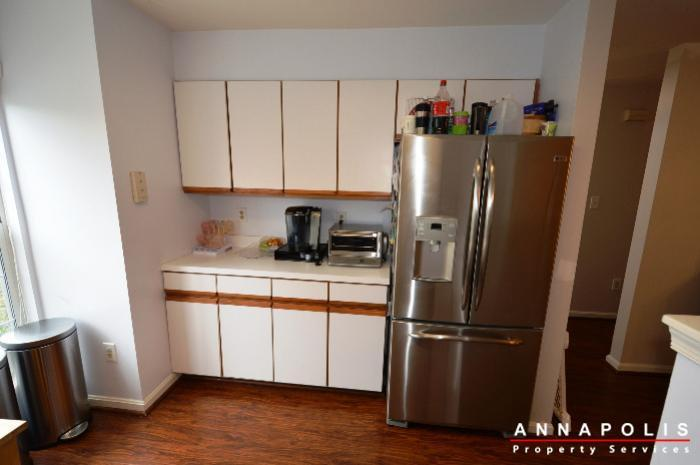 935-forest-hills-ave-id702-kitchen-b