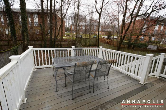 935-forest-hills-ave-id702-deck-a
