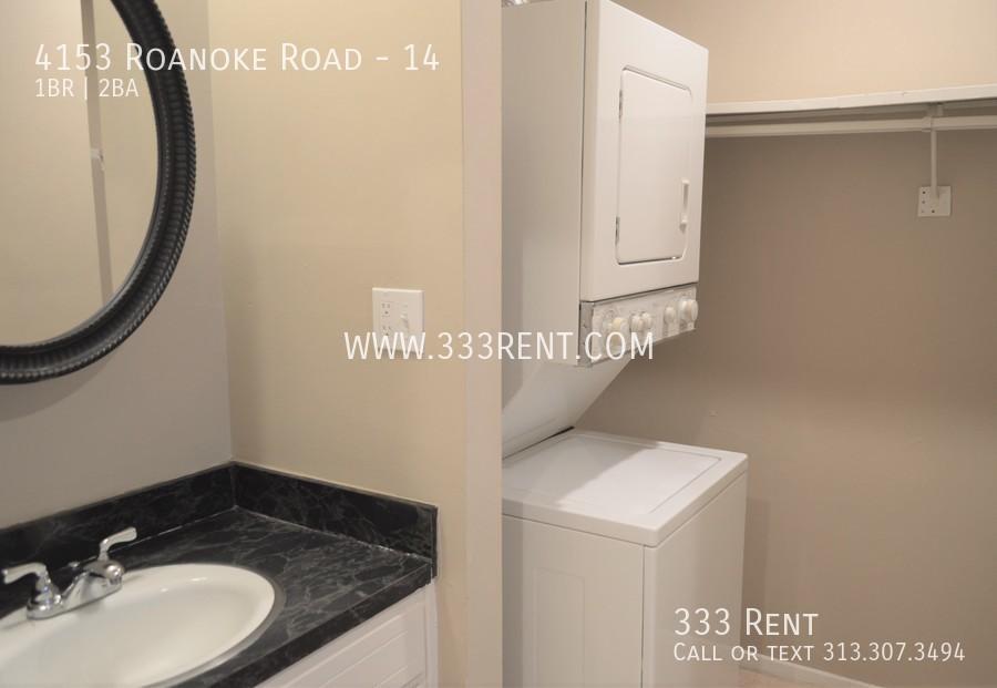 8washer dryer