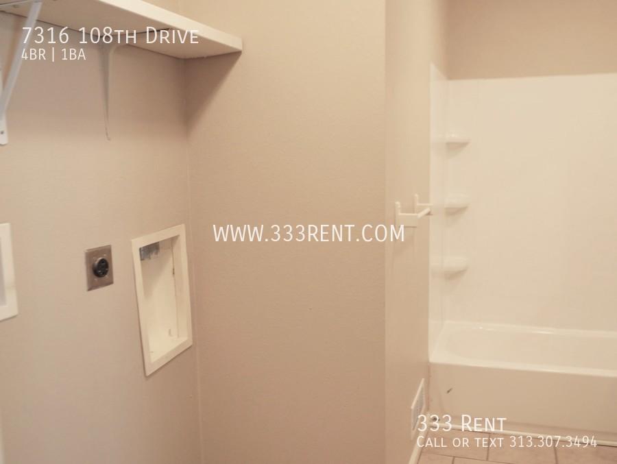 9laundry hookups in bathroom