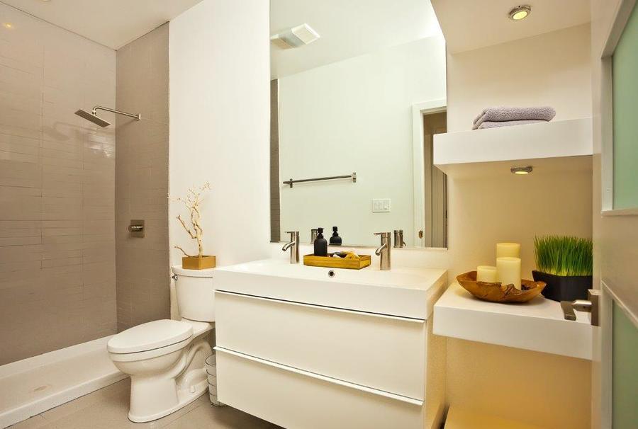 6 guest bathroom.