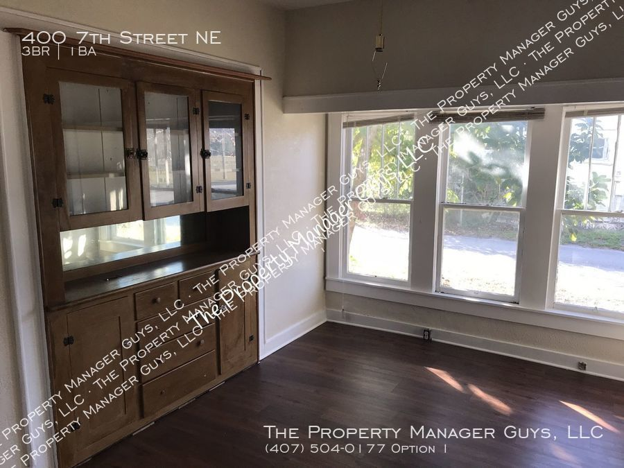 400 7th Street NE, Winter Haven, FL 33881   The Property ...