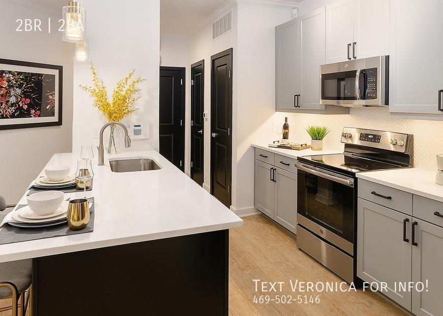 3466f0a667f1f002ad2d904f826431f90b0066a1 quadrangle interior kitchen 4