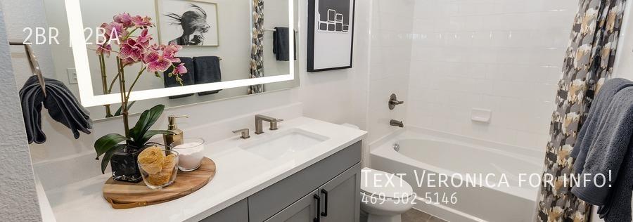 842f90f5108b43f920d1c20586979b1c16654098 quadrangle interior bathroom 2