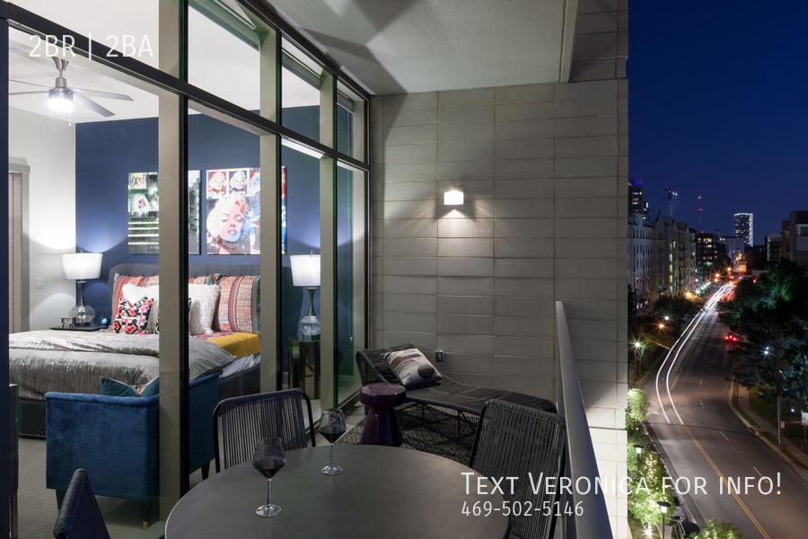 10 ph unit beedroom balcony night tcra 4112 e 202 2250x1500