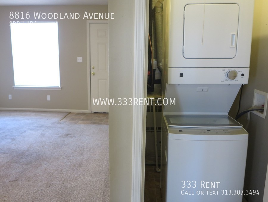 6washer and dryer included