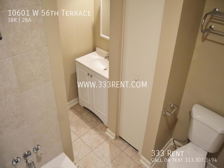 5master bathroom