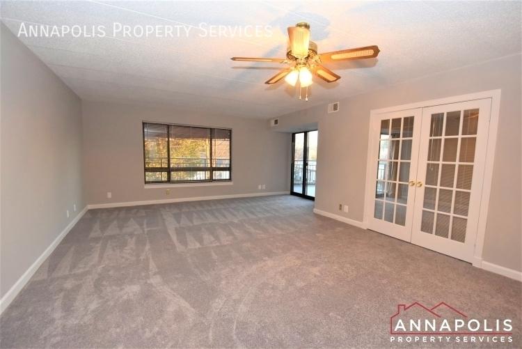 100 severn avenue 205 id1143 living room 1bn%281%29
