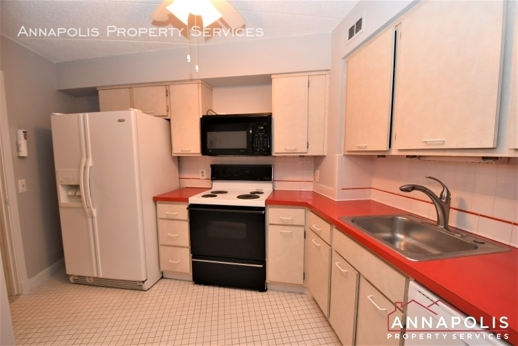 100 severn avenue 205 id1143 kitchen 1bn%281%29