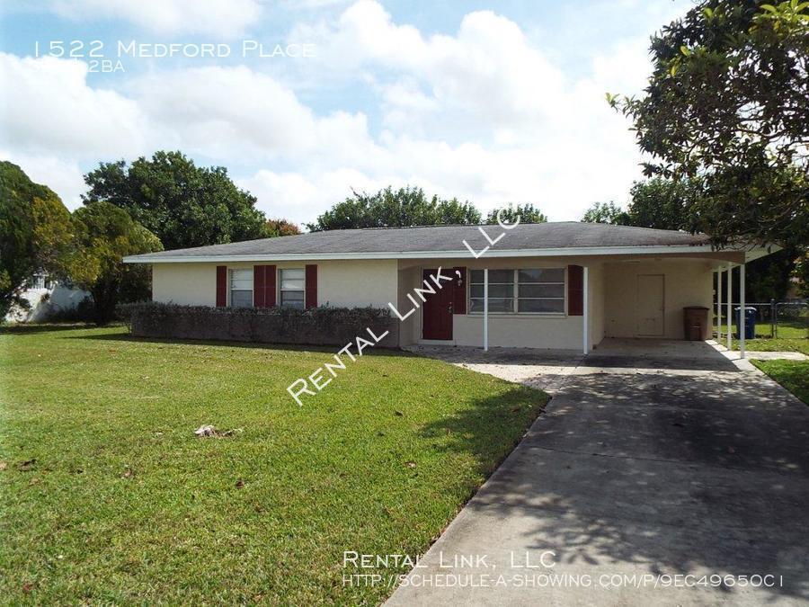 $1300 per month , 1522 Medford Place,