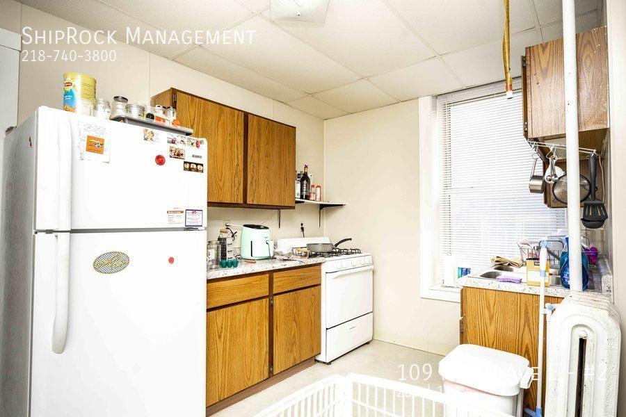 Kimball apartments  2 400