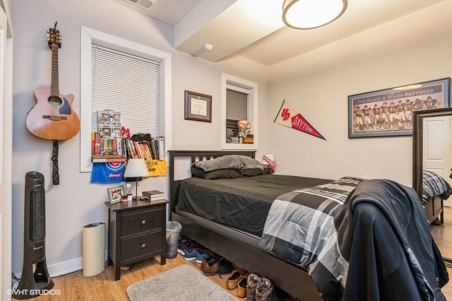 4 922woakdaleunit1n 18 bedroom lowres