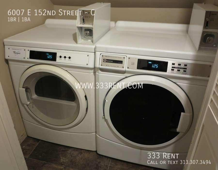 6shared washer and dryer