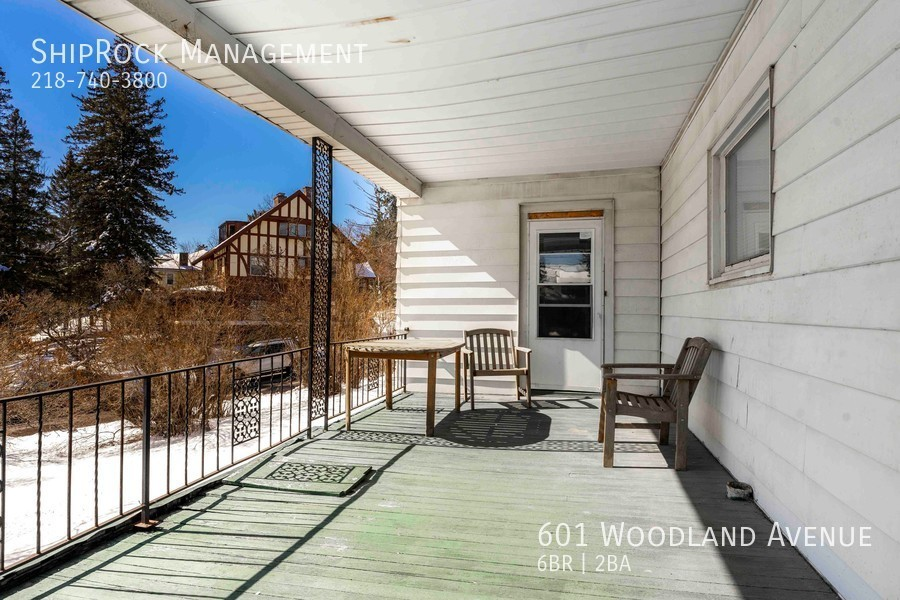 601 woodland ave front porch