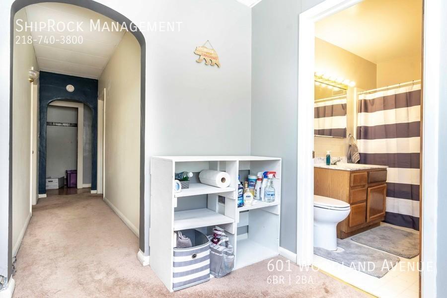 601 woodland ave hallway