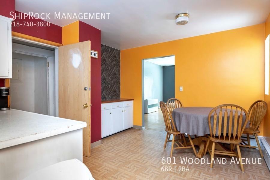 601 woodland ave kitchen lower 2
