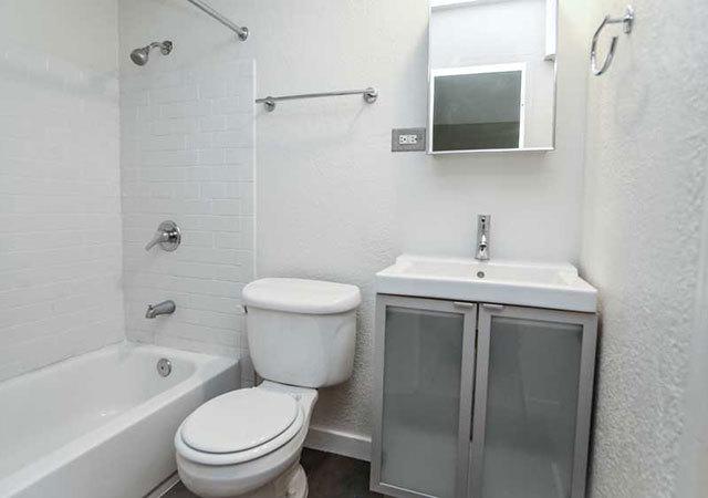 Ba aperture 1777 bathroom