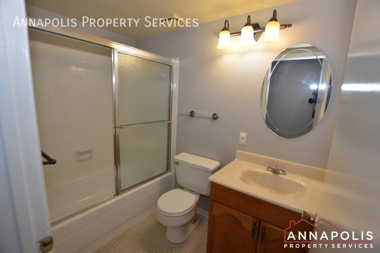 1 silverwood circle 8 id1152 main bathroom