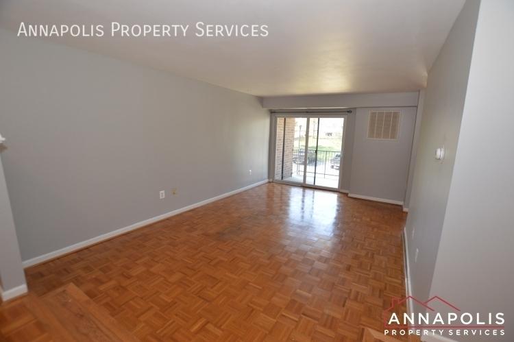 1 silverwood circle 8 id1152 living room a%281%29