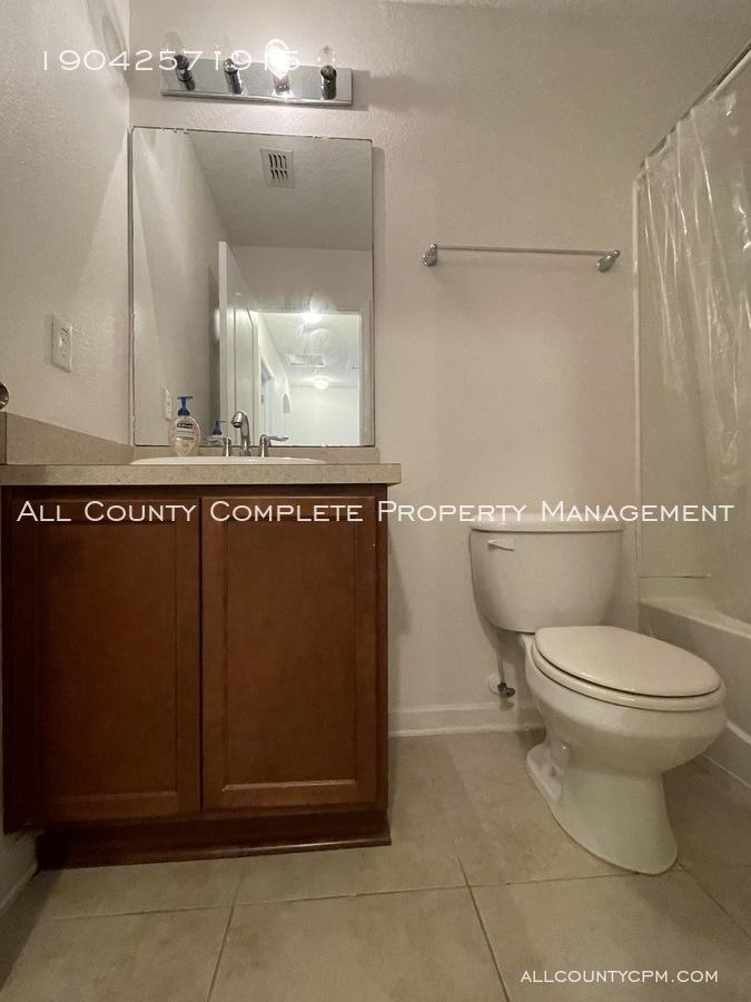 16 hall bath