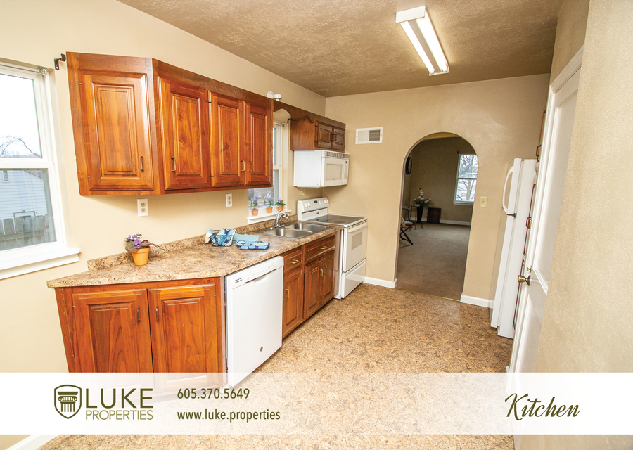 Luke properties 416 s wayland sioux falls sd 57103 house for rent6