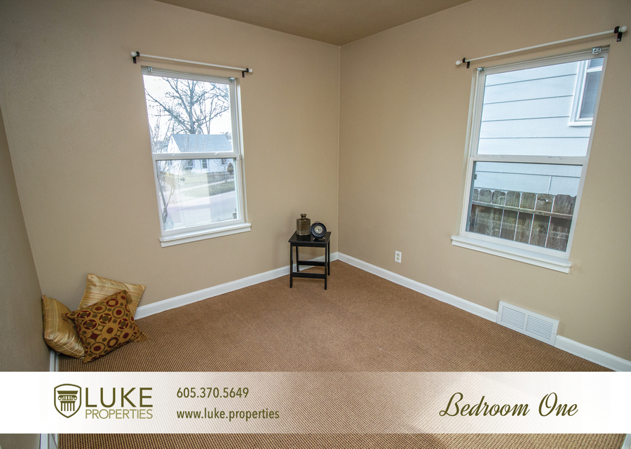 Luke properties 416 s wayland sioux falls sd 57103 house for rent7