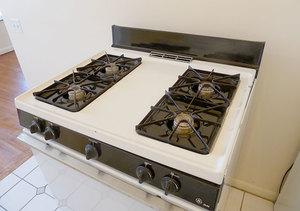 Wh_jerrilou_303studio_kitchen5