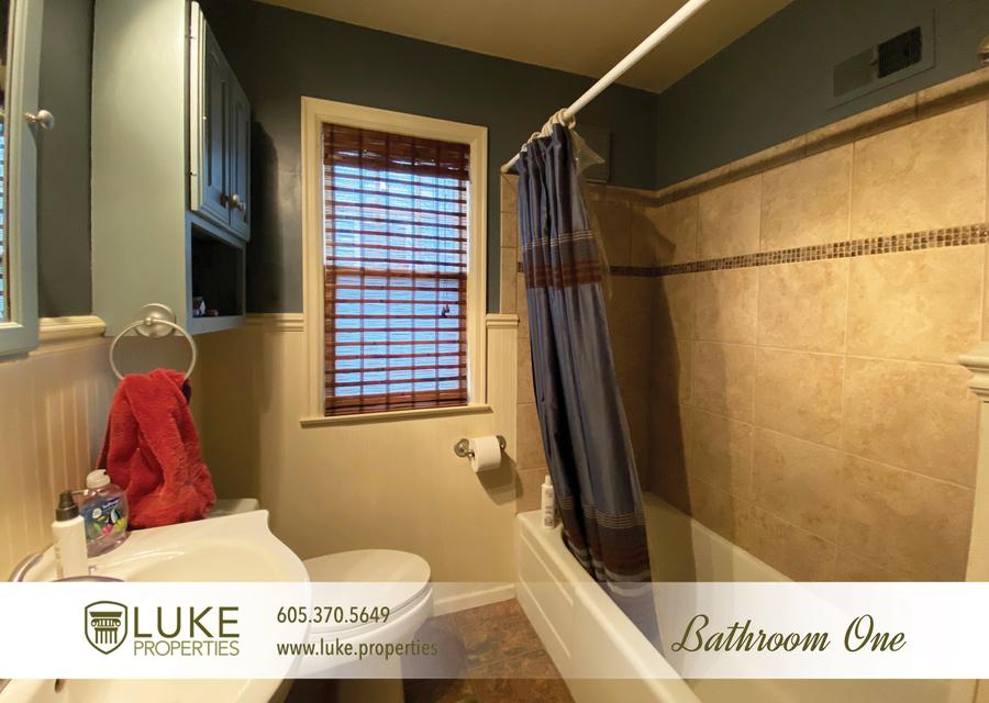 Luke properties 922 s 3rd ave sioux falls south dakota 57104 home for rent12