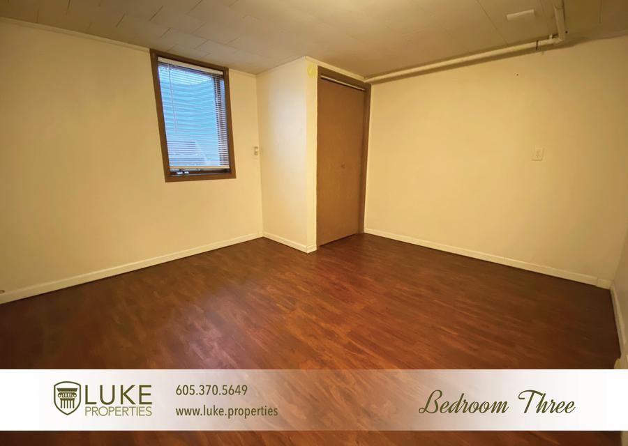 Luke properties 922 s 3rd ave sioux falls south dakota 57104 home for rent16