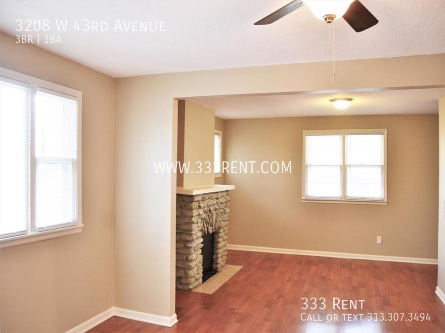 4view into living room