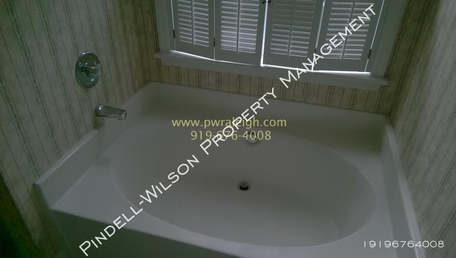 Garden tub  1