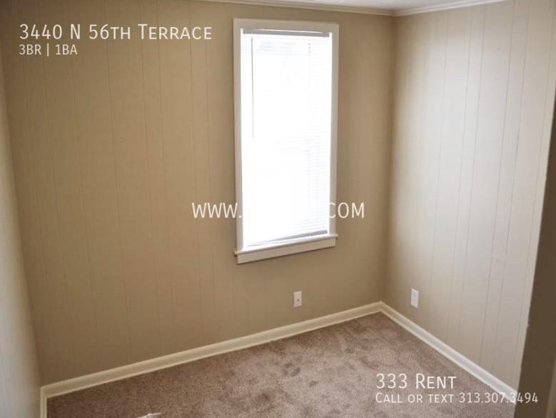 7bedroom 2