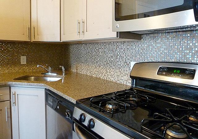 Wh_bookert_unit422_kitchen2