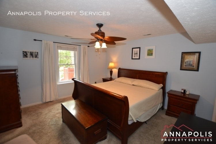 714 old love point road id1165 master bedroom a%281%29