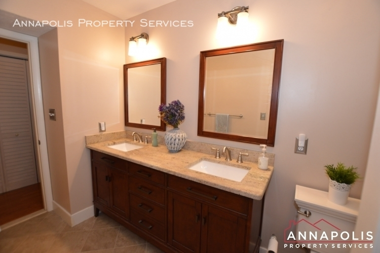 714 old love point road id1165 master vanity a