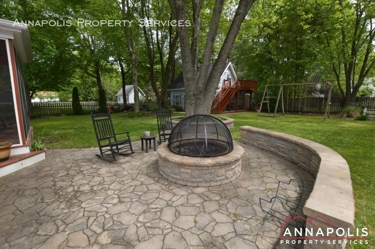 714 old love point road id1165 patio%281%29
