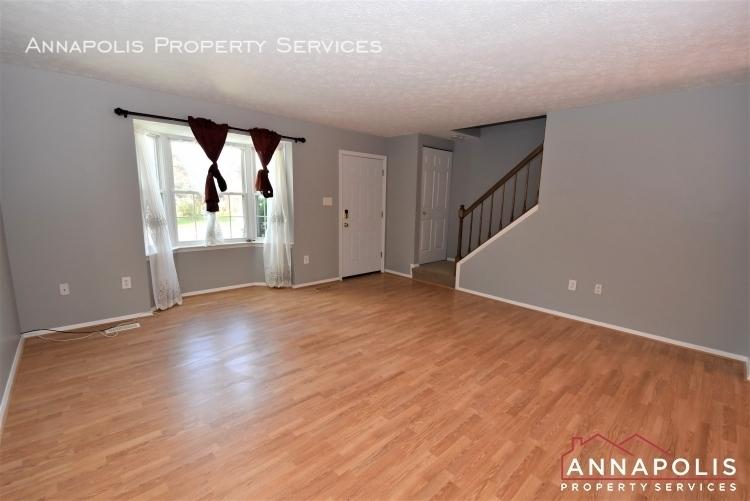 355 rambling ridge court id1168 living room 1c