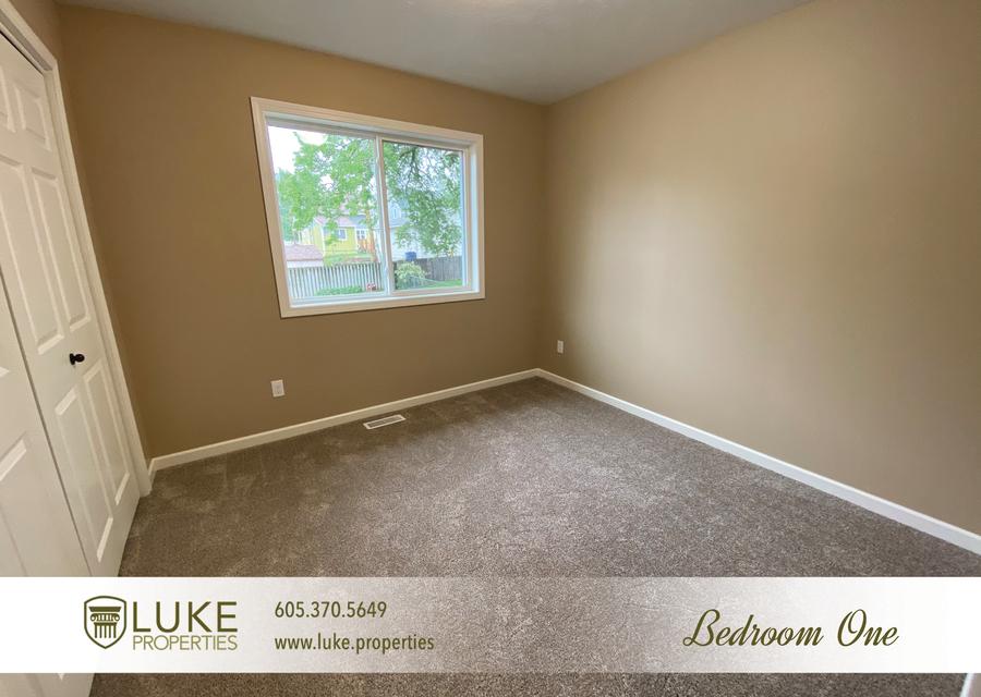 Luke properties 1702 e austin st sioux falls sd 57103 house for rent27