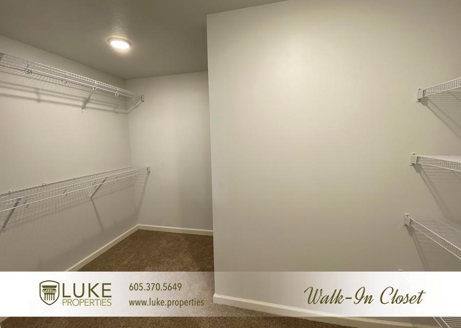 Luke properties 1702 e austin st sioux falls sd 57103 house for rent218