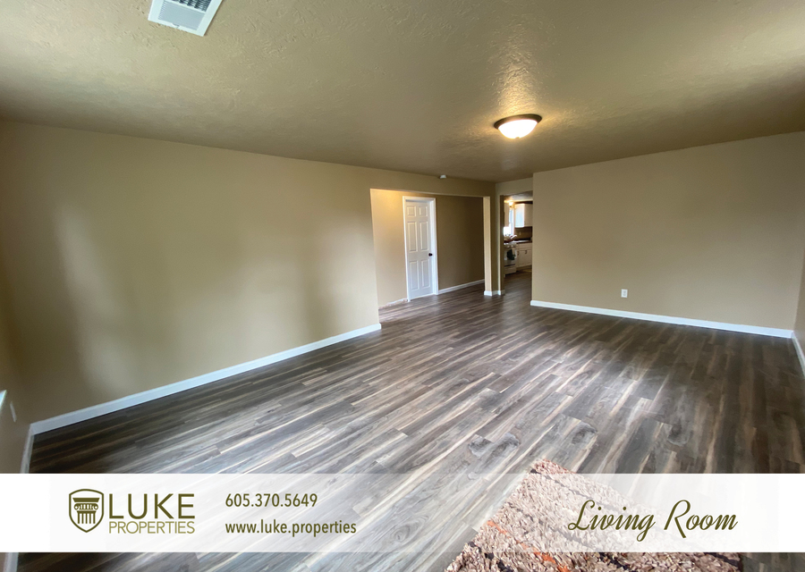 Luke properties 1112 s sherman sioux falls sd 57105 house for rent2
