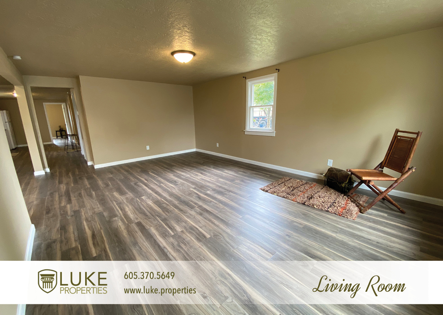 Luke properties 1112 s sherman sioux falls sd 57105 house for rent