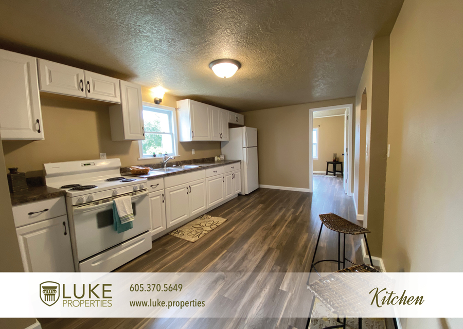 Luke properties 1112 s sherman sioux falls sd 57105 house for rent4