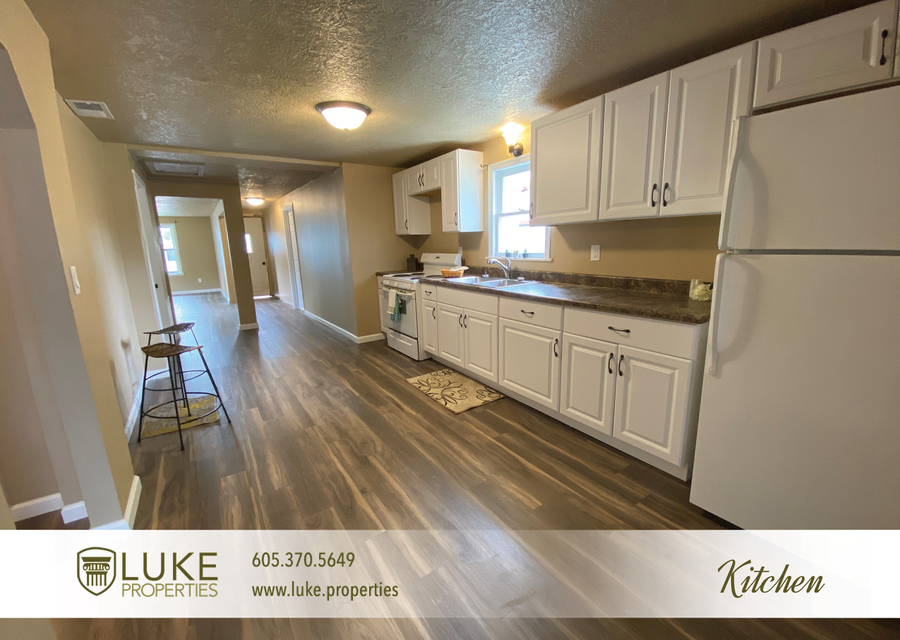 Luke properties 1112 s sherman sioux falls sd 57105 house for rent5