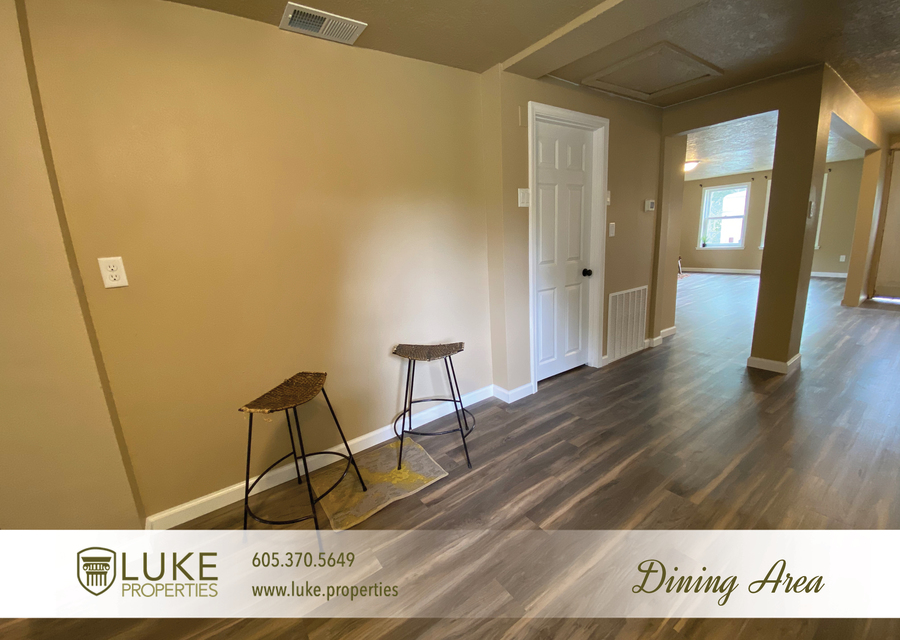 Luke properties 1112 s sherman sioux falls sd 57105 house for rent6