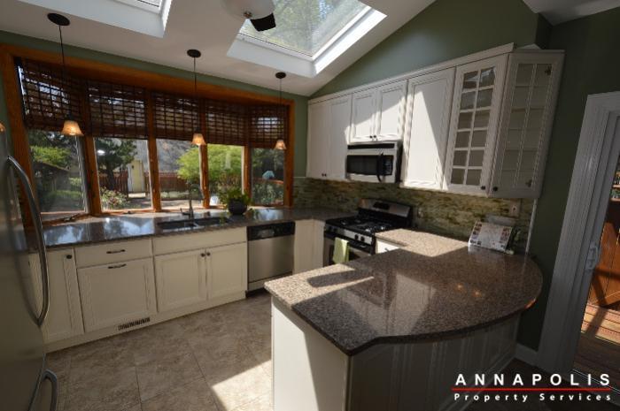 1303-west-st-id714-kitchen-c