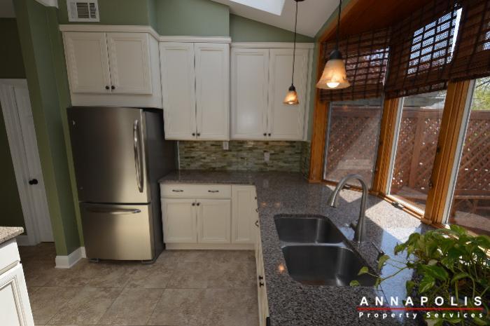 1303-west-st-id714-kitchen-f