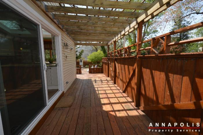 1303-west-st-id714-deck-a