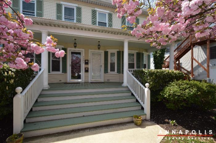 1303-west-st-id714-front-porch-b