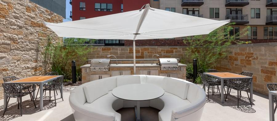 9 post south lamar outdoor living area pool phase 2 1200x525 min